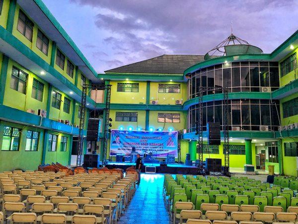 Berdasarkan penilaian UNIRANK, Unisan raih predikat terbaik dari seluruh PTS se Provinsi Gorontalo